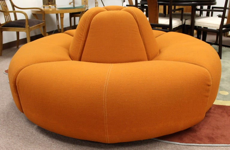 Mid-20th Century Mid-Century Modern Round Foyer Lobby Sculptural Sofa Sectional Orange, 1960s For Sale