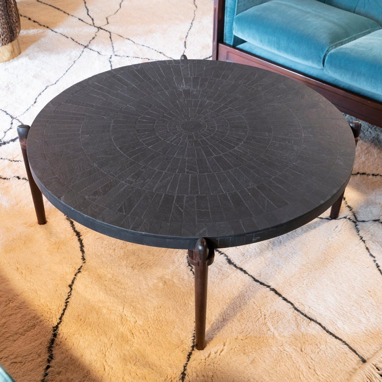 Mid-Century Modern Round Slate and Palisander Coffee Table, Belgium, 1960s In Good Condition In Firenze, IT