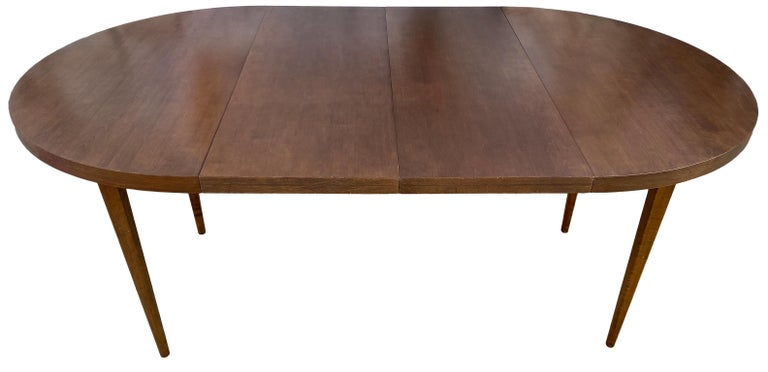 Mid-20th Century Mid-Century Modern Round Walnut Finish Dining Table by Paul McCobb 2 Leaves For Sale