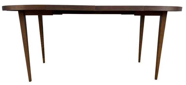 Maple Mid-Century Modern Round Walnut Finish Dining Table by Paul McCobb 2 Leaves For Sale