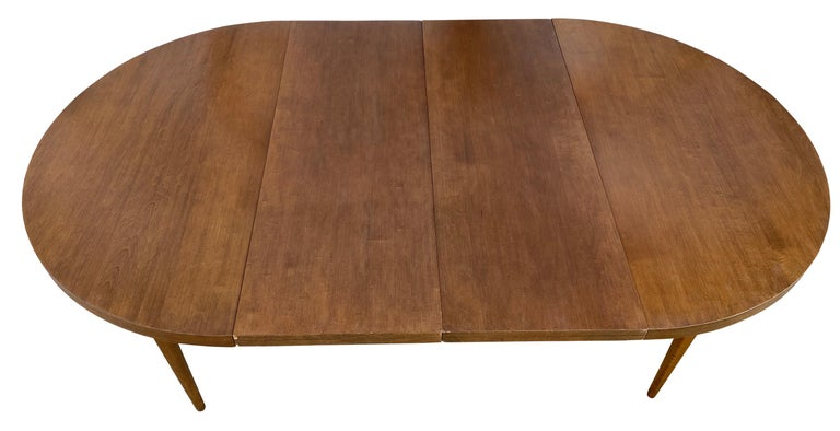 Mid-Century Modern Round Walnut Finish Dining Table by Paul McCobb 2 Leaves For Sale 1