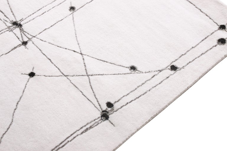 Hand-Knotted Mid-Century Modern Rug in White and Black Square Rug Pattern by Rug & Kilim For Sale