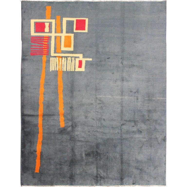 Minimalist Colorful Rug Designs: Mid-Century Modern Rug With Minimalist Design In Gray Blue