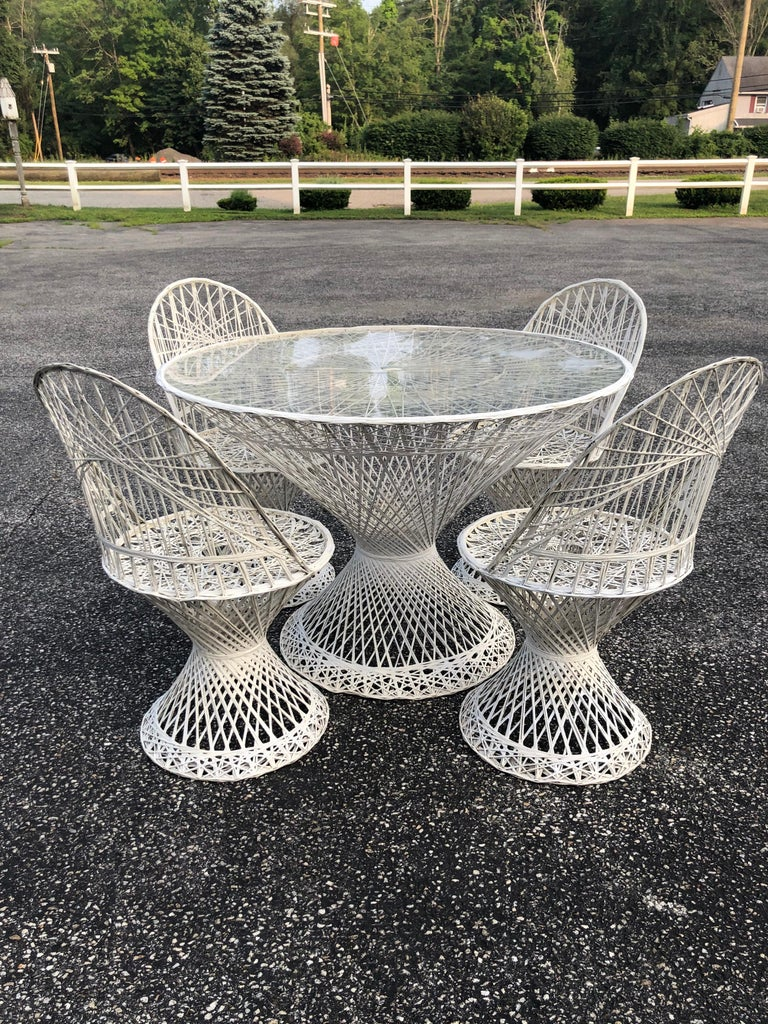 Mid-Century Modern Russell Woodard Spun Fiberglass Table ...