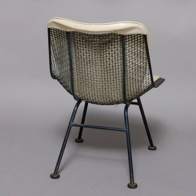 Mid-Century Modern Russell Woodward Mesh and Slate Dining Set, circa 1960 For Sale 8