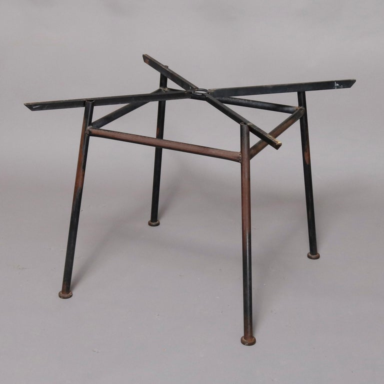 Painted Mid-Century Modern Russell Woodward Mesh and Slate Dining Set, circa 1960 For Sale