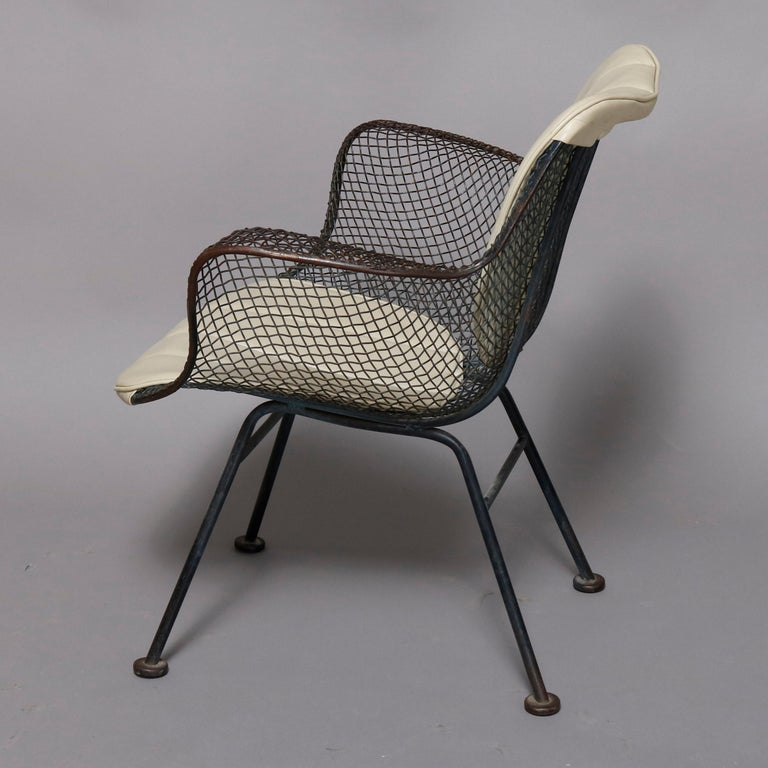 20th Century Mid-Century Modern Russell Woodward Mesh and Slate Dining Set, circa 1960 For Sale