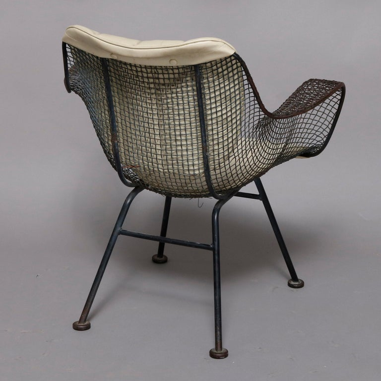 Metal Mid-Century Modern Russell Woodward Mesh and Slate Dining Set, circa 1960 For Sale