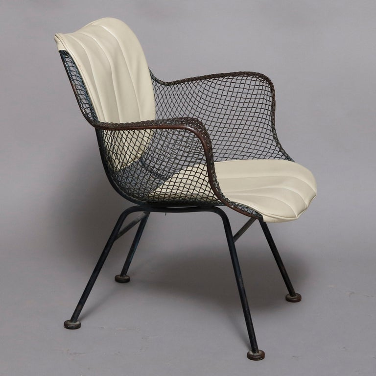 Mid-Century Modern Russell Woodward Mesh and Slate Dining Set, circa 1960 For Sale 1