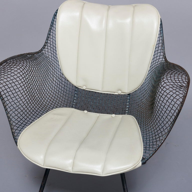Mid-Century Modern Russell Woodward Mesh and Slate Dining Set, circa 1960 For Sale 2