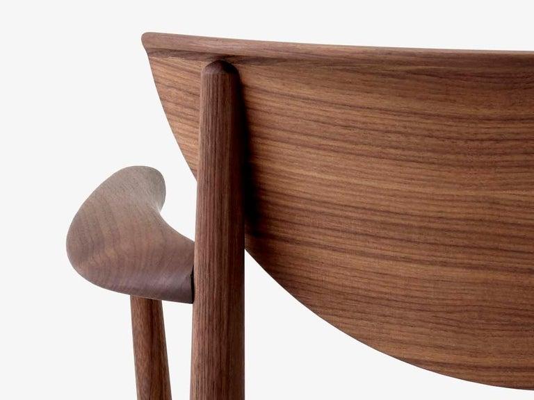Mid-Century Modern Scandinavian Armchair Model 317 in Walnut For Sale 5