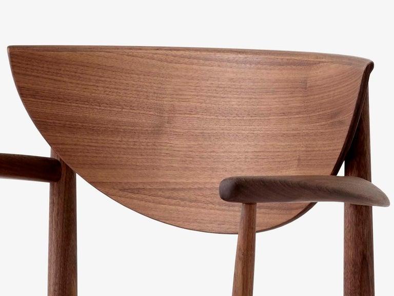 Mid-Century Modern Scandinavian Armchair Model 317 in Walnut For Sale 6