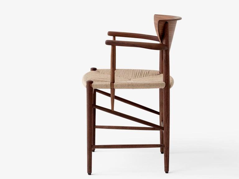 Scandinavian Modern Mid-Century Modern Scandinavian Armchair Model 317 in Walnut For Sale