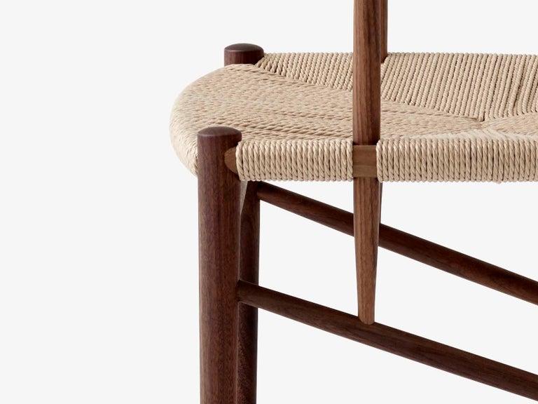 Mid-Century Modern Scandinavian Armchair Model 317 in Walnut For Sale 2