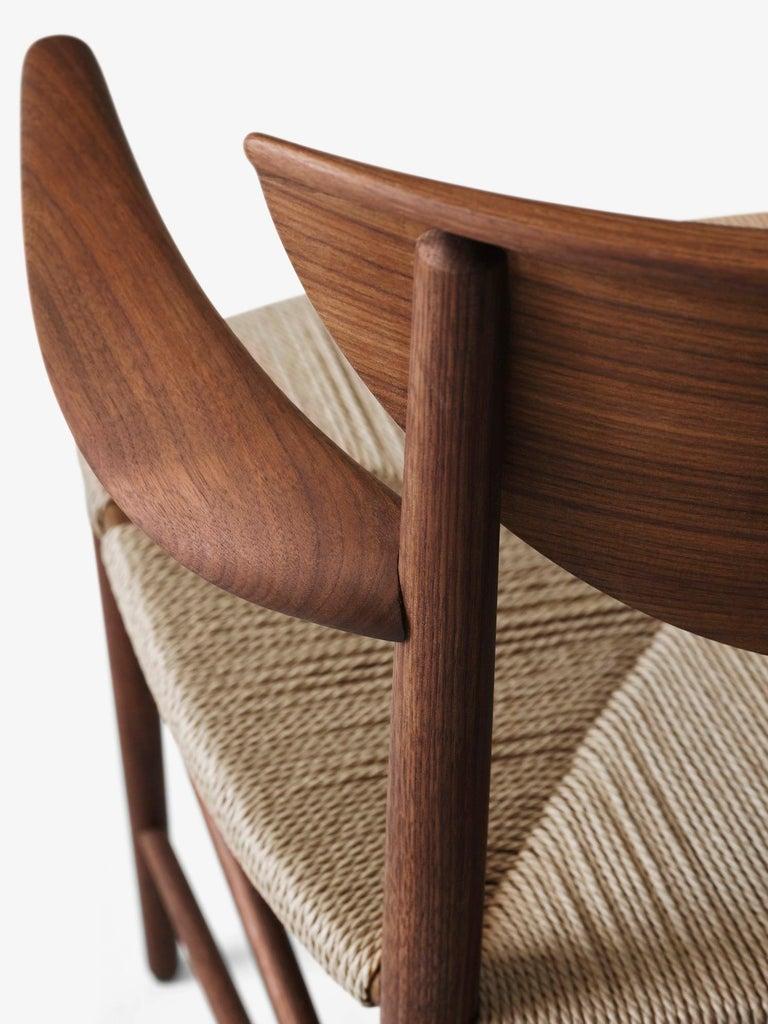 Mid-Century Modern Scandinavian Armchair Model 317 in Walnut For Sale 3
