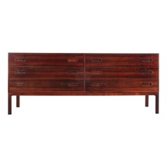 Mid-Century Modern Scandinavian Chest of Drawer in Rosewood by Iversen