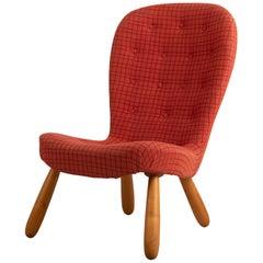 Mid-Century Modern Scandinavian Design Clam Chair