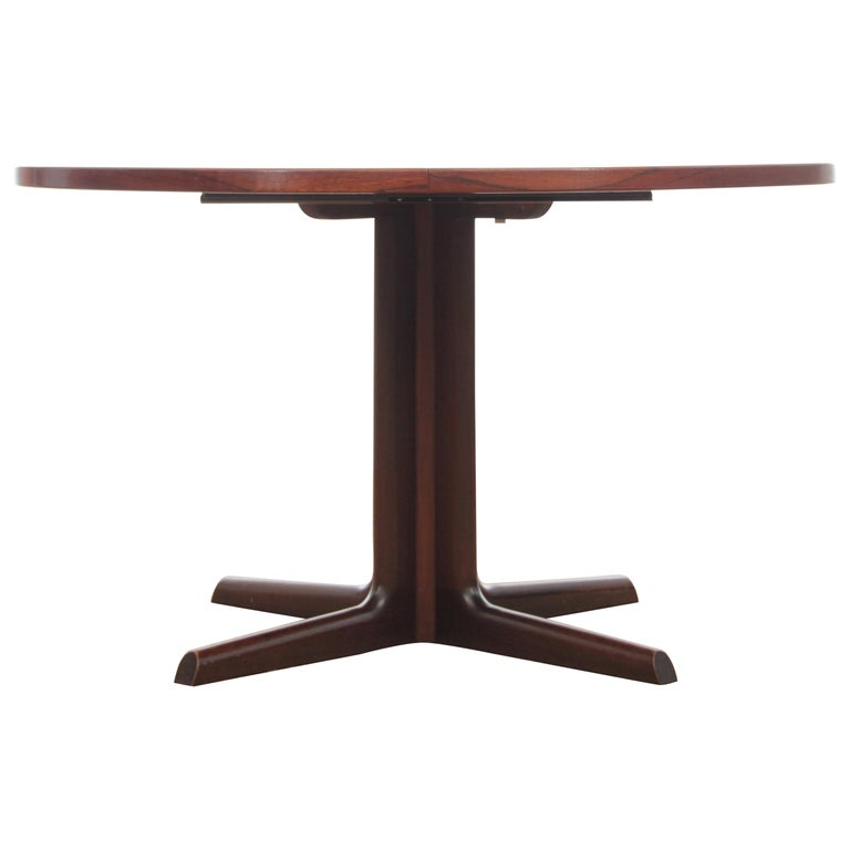 Mid-Century Modern Scandinavian Dining Table from Gudme Møbelfabrik in Rosewood