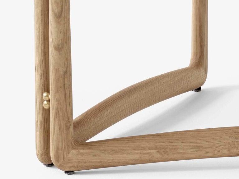 Mid-Century Modern Scandinavian Drop Leaf Side Table in Oak In New Condition For Sale In Courbevoie, FR