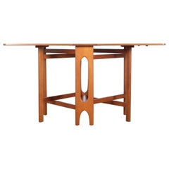 Mid-Century Modern Scandinavian Folding Dining Table in Teak 4/6 Seats