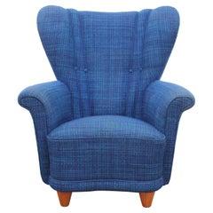 Mid-Century Modern Scandinavian Lounge Chair