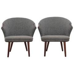 Mid-Century Modern Scandinavian Pair of Lounge Chairs