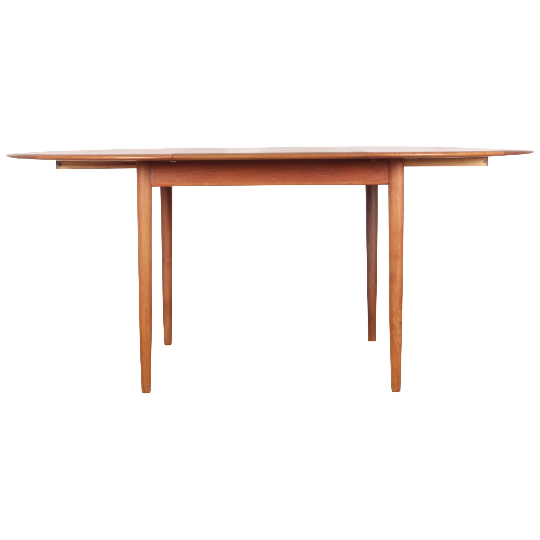 Mid-Century Modern Scandinavian Round Dining in Teak 4/8 Seats by Hovmand-Ols