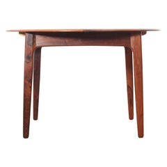 Mid-Century Modern Scandinavian Round Dining Table in Rosewood 4/8 Seats