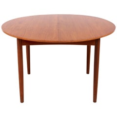 Mid-Century Modern Scandinavian Round Dining Table in Teak, Four-Ten Seats