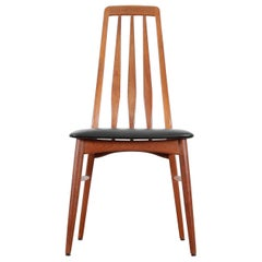 Mid-Century Modern Scandinavian Set of 4 Teak Chairs Modele Eva  by Niels Koefo