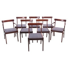 Mid-Century Modern Scandinavian Set of 6 Chairs and 2 Armchairs in Rosewood