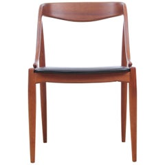 Mid-Century Modern Scandinavian Set of 6 Dining Chairs in Teak by Johannes Ande