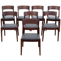 Mid-Century Modern Scandinavian Set of 8 Rosewood Chairs Model 26