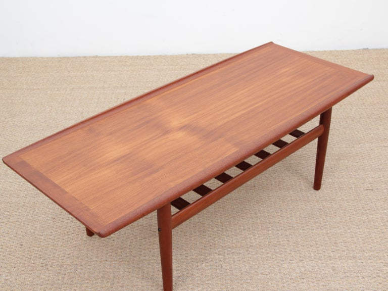 Mid-Century Modern Scandinavian Sofa Table by Grete Jakl In Good Condition In Courbevoie, FR