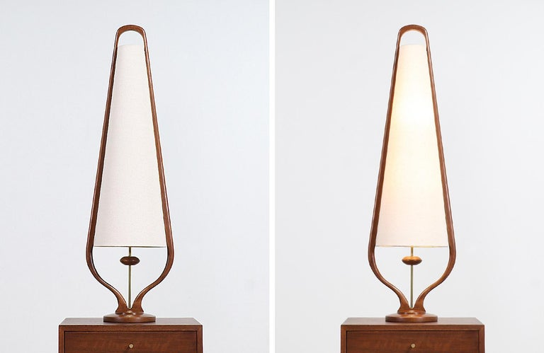 Mid-Century Modern Sculpted Walnut and Brass Table Lamps by Modeline For Sale 5