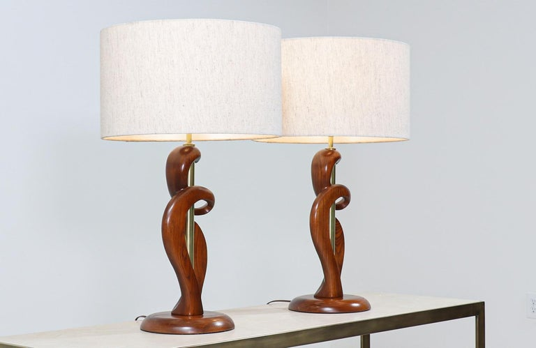 American Mid-Century Modern Sculpted Walnut & Brass Table Lamps by Modeline of California For Sale