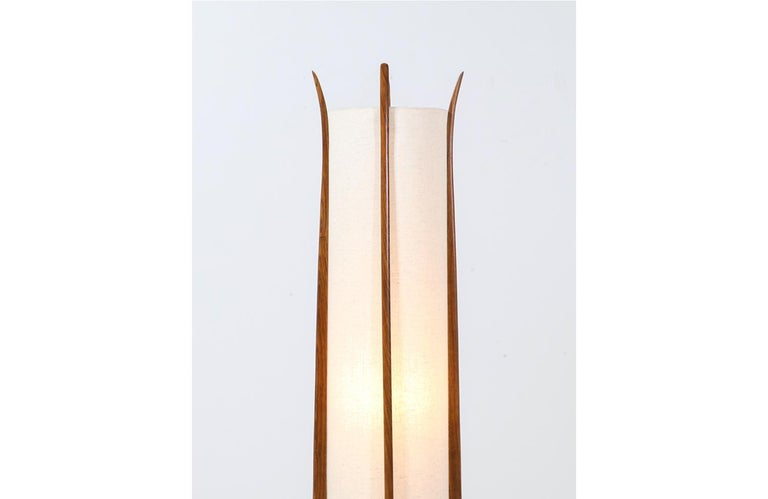 Mid-Century Modern Sculpted Walnut Floor Lamp by Modeline In Excellent Condition For Sale In Los Angeles, CA