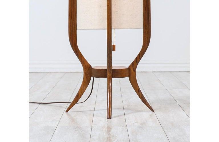 Mid-Century Modern Sculpted Walnut Floor Lamp by Modeline For Sale 2