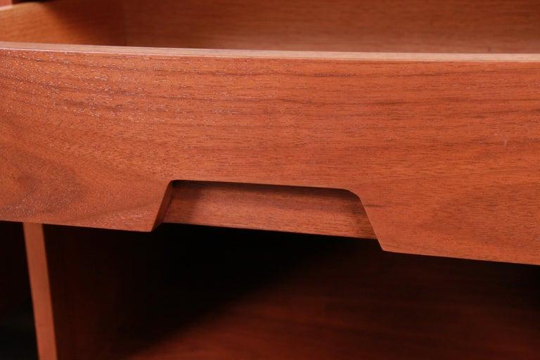 Mid-Century Modern Sculpted Walnut Nightstands by Bethlehem Furniture, Restored For Sale 7
