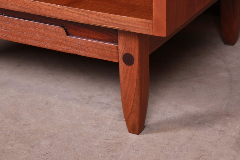 Mid-Century Modern Sculpted Walnut Nightstands by Bethlehem Furniture, Restored For Sale 10