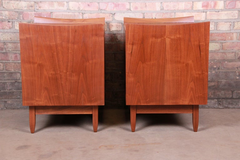 Mid-Century Modern Sculpted Walnut Nightstands by Bethlehem Furniture, Restored For Sale 11