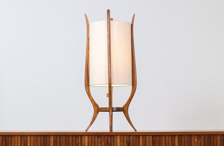 American Mid-Century Modern Sculpted Walnut Table Lamp by Modeline For Sale