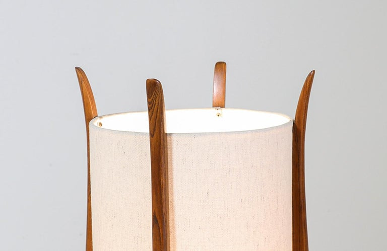 Linen Mid-Century Modern Sculpted Walnut Table Lamp by Modeline For Sale