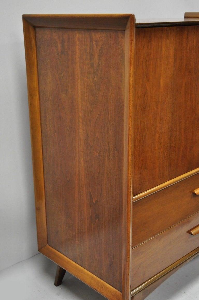 Mid-Century Modern Sculpted Walnut Tall Chest Dresser For Sale 7