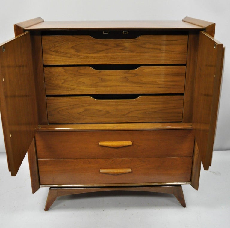 North American Mid-Century Modern Sculpted Walnut Tall Chest Dresser For Sale