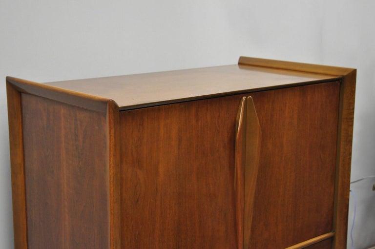 20th Century Mid-Century Modern Sculpted Walnut Tall Chest Dresser For Sale