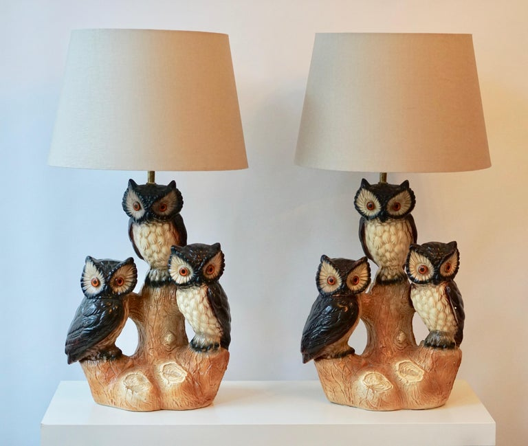 Two ceramic owl table lamps. Measures: Diameter 44 cm. Height 82 cm. Height ceramic base 50 cm.  Total height without shade 77 cm. One E27 bulb. Shades shown are for demonstration purposes only.