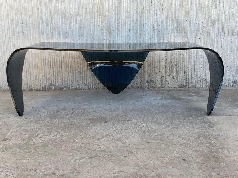 Mid-Century Modern Sculptural Curved Blue Glass Table For Sale 4