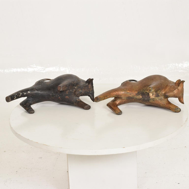 Mid-Century Modern Sculptural Iron Cast Bulls Bookends Japan 2