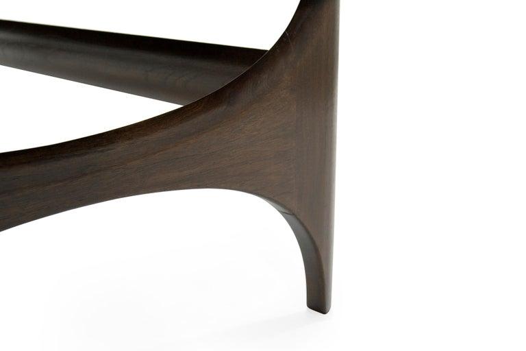 Mid-Century Modern Sculptural Walnut Bench For Sale 4